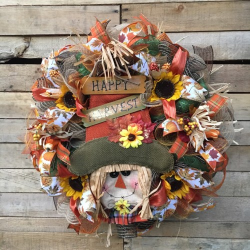 Happy Harvest Scarecrow 4