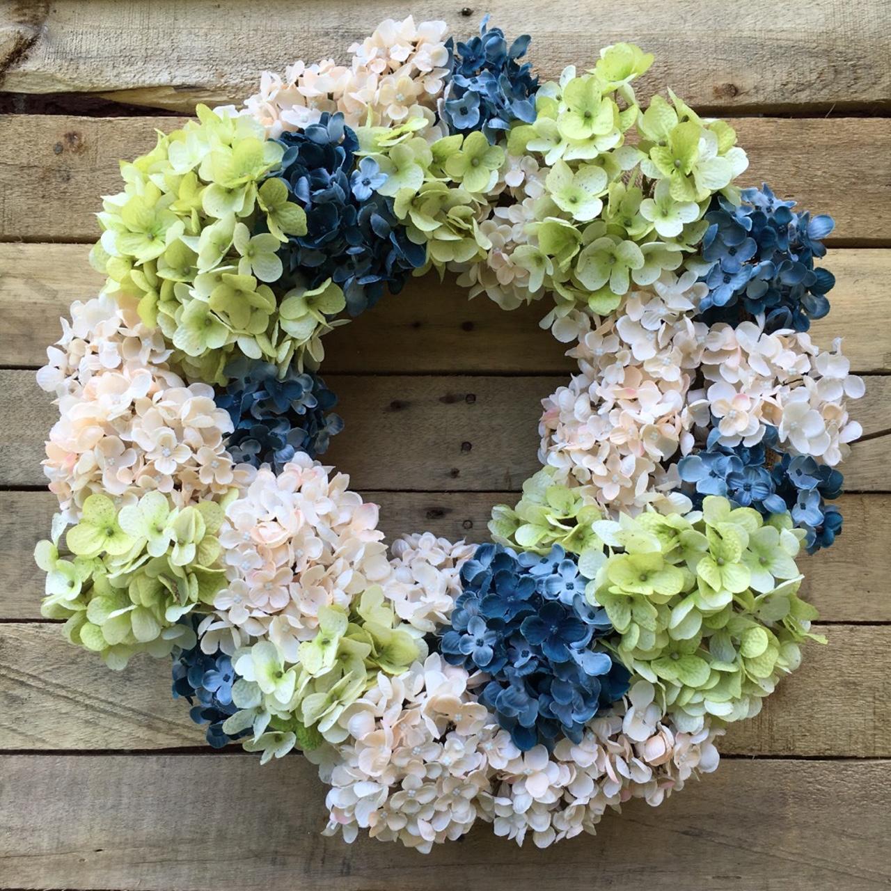 ... Wreath, Hydrangeas. ; 
