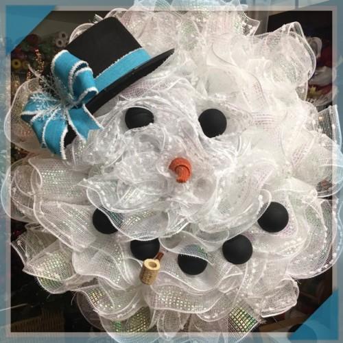 snowman-blue-hat