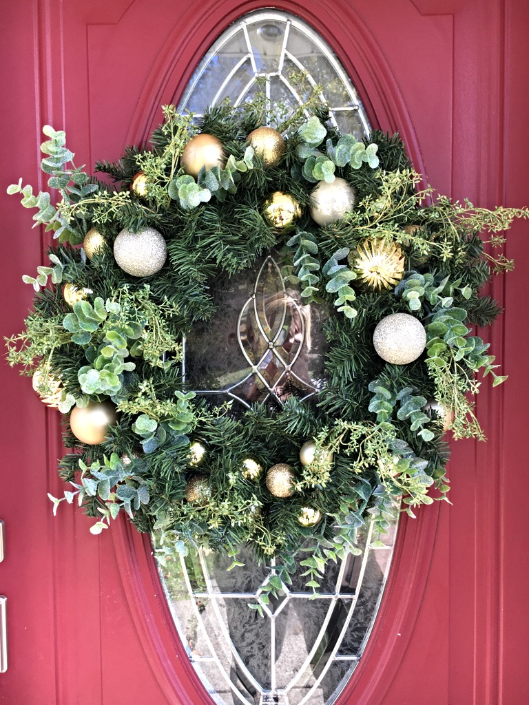 christmas gravesite wreath - Elegant Christmas Wreaths
