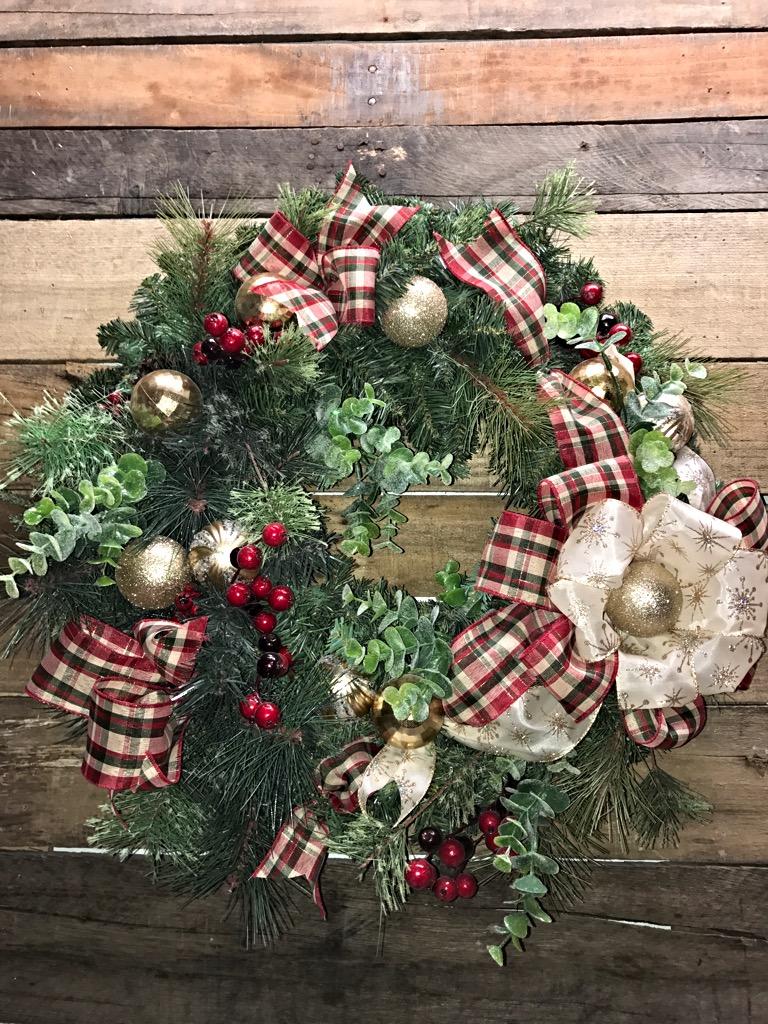 Beau Christmas Wreath, Holiday Wreath, Christmas Door Wreath, Gorgeous Pine  Wreath, Cemetery Wreath, Winter Wreath, Artificial Pine Wreath, Decorative  Wreath