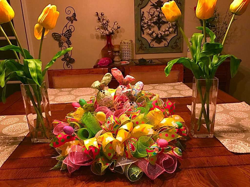 ... Bunny Centerpiece, Deco Mesh Easter Table Arrangement. ; 