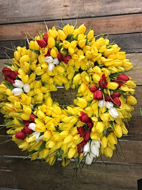 YELLOW TULIP WREATH FOR GAYLE 1