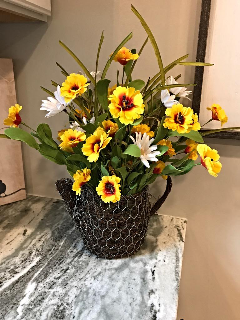 Rustic Planter Summer Fl Centerpiece Teapot Décor Flowers Accent Piece