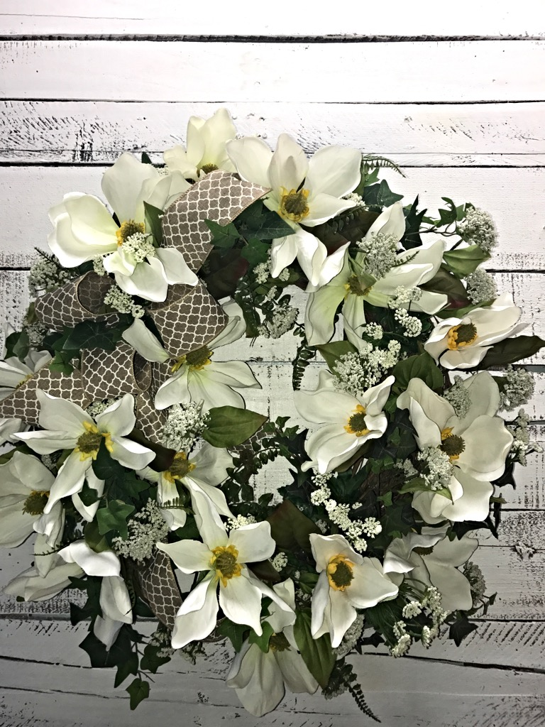 ... Magnolia Farmhouse Wreath, Everyday Wreath. ; 