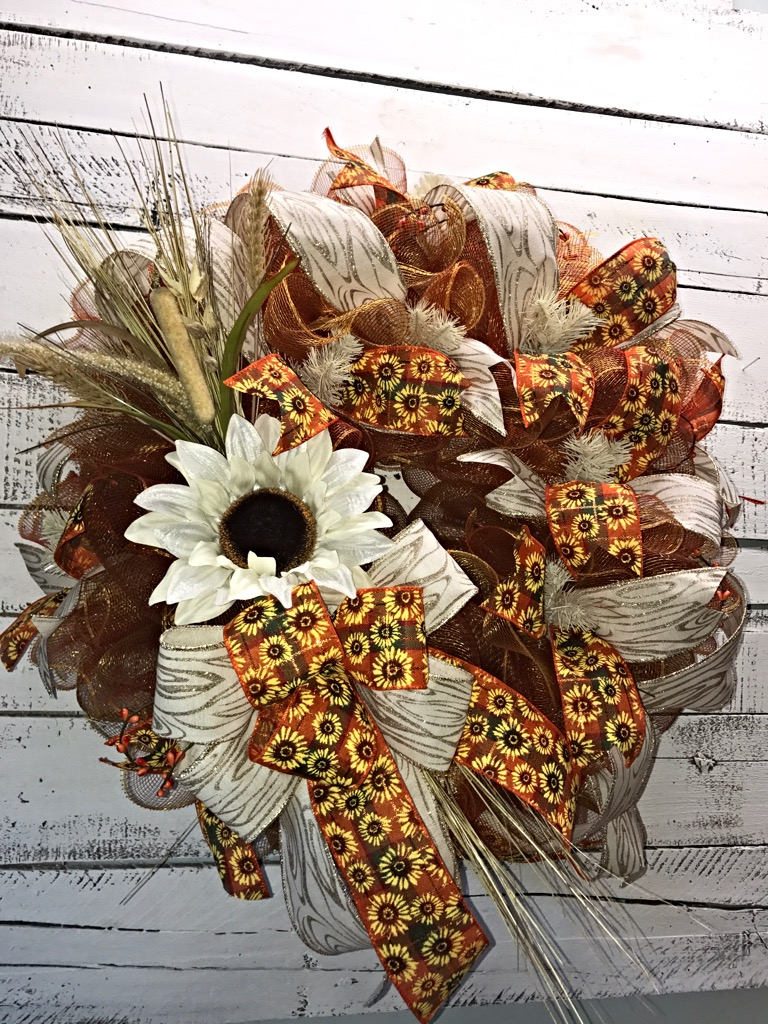 ... Front Door Wreath, Home Decor. ; 