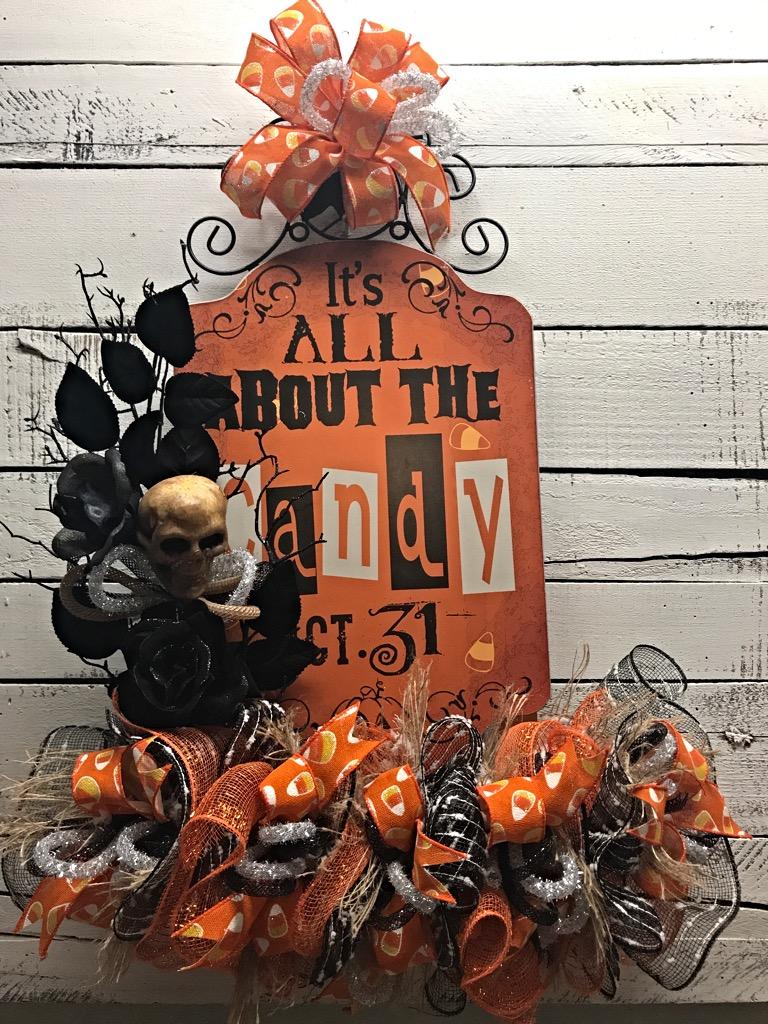 Halloween halloween door hanger halloween decoration for Home decor halloween decorations
