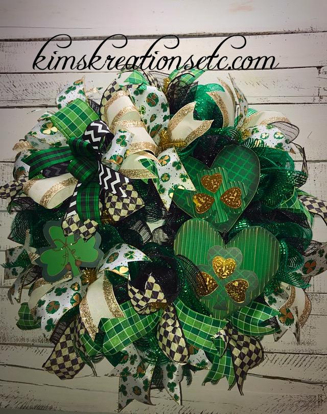... Front Door Wreath, Decorative Wreath, Green Wreath, Home Decor. ; 