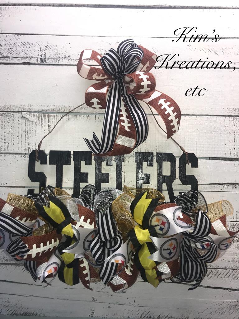 Steelers Door Wreath NFL Football Home Decor Front