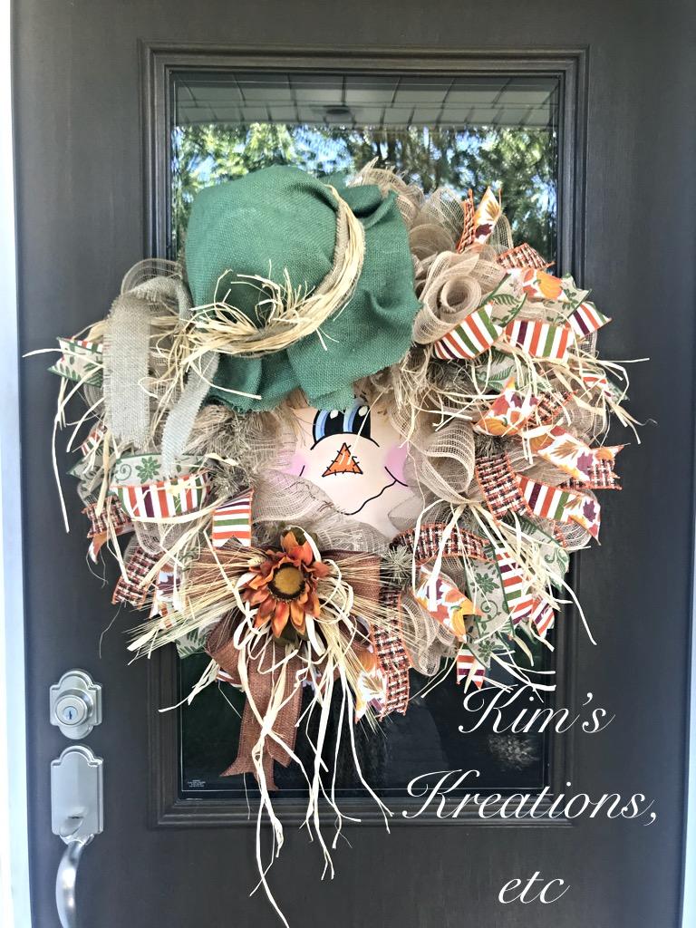 ... Unique Scarecrow Wreath. ; 