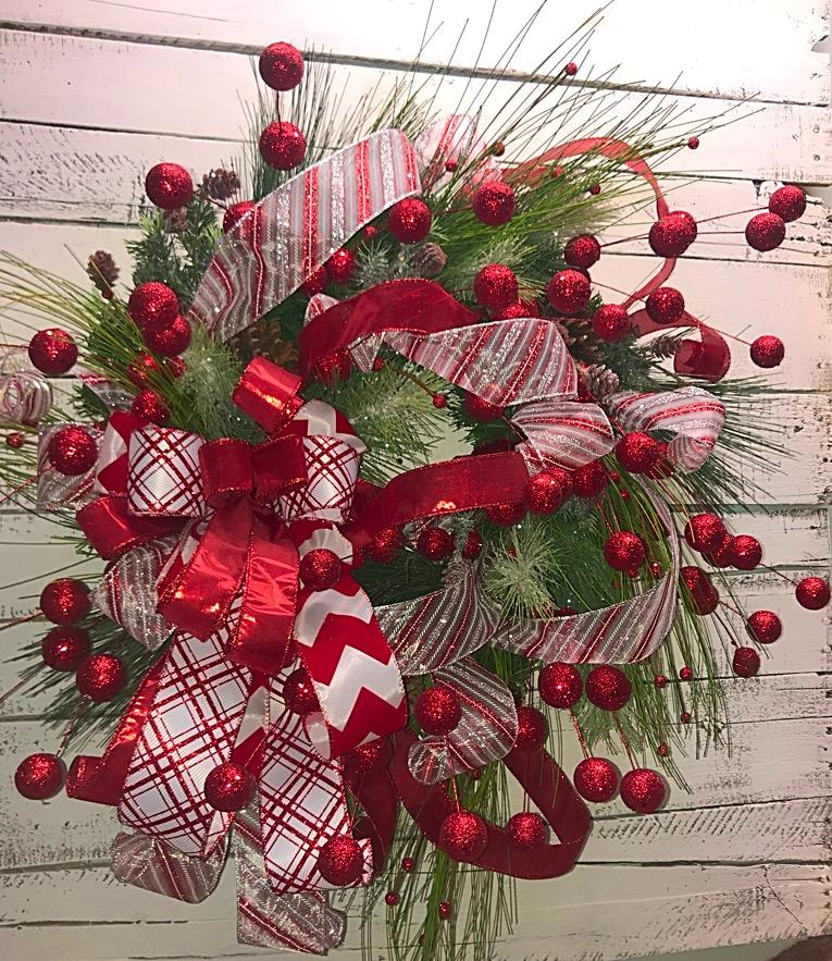 Home Decor Wreaths: Christmas Wreath, Christmas Showstopper Wreath, Christmas