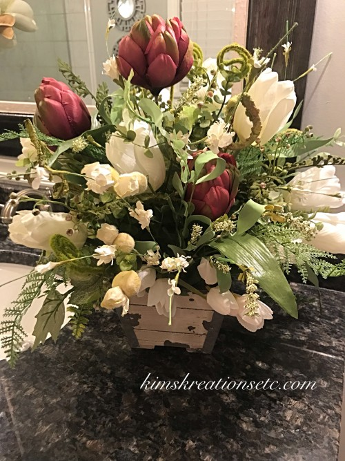 Stupendous Spring Tulip Centerpiece Tulips Tulip Centerpiece Spring Floral Arrangement Spring Decor Home Decor Purple And White Tulips Rustic Planter Download Free Architecture Designs Estepponolmadebymaigaardcom
