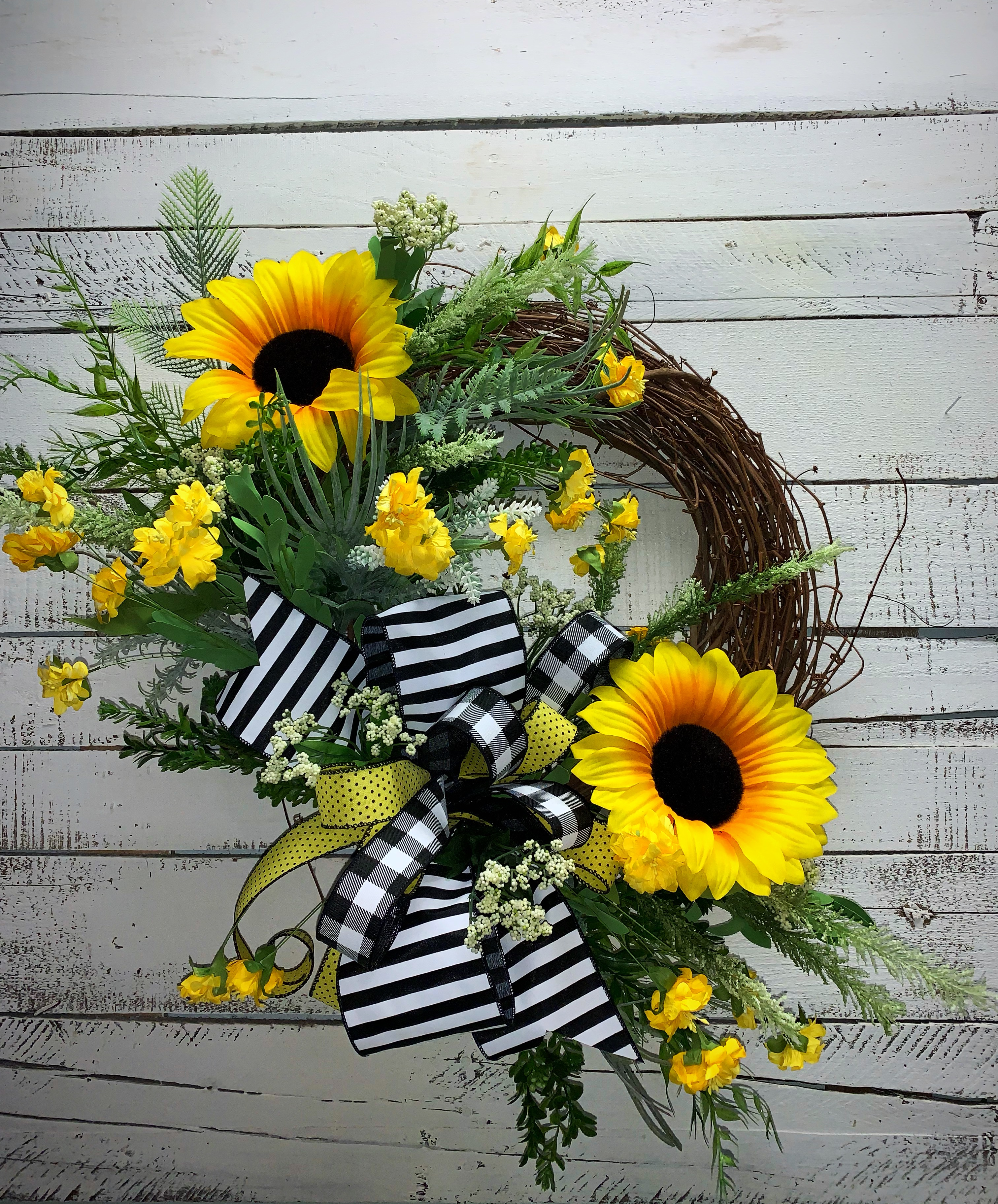 Home Decor For Sale: Summer Wreath, Summer Sunflowers, Large Sunflowers